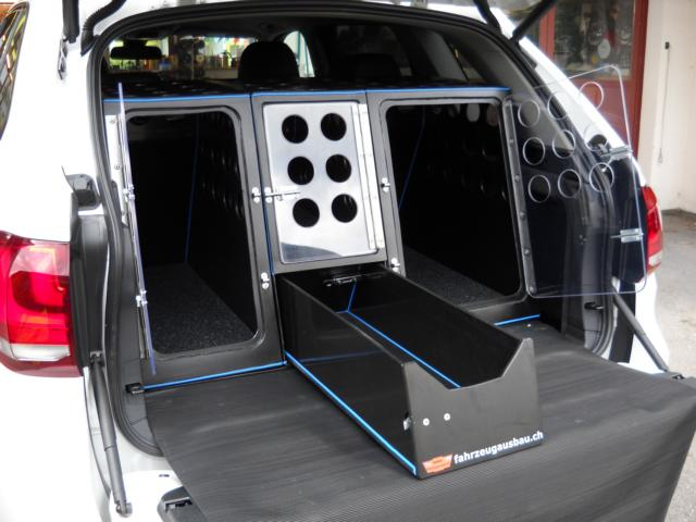 huber fahrzeugausbau ag mehrfachhundebox f r bmw x5. Black Bedroom Furniture Sets. Home Design Ideas